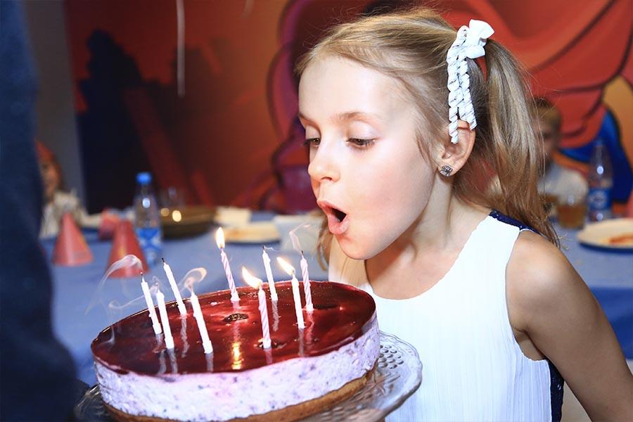 Поздравление именинника - Детский День Рождения в Туса-Джуса